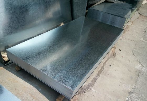 China Hot Dipped Galvanized Steel Sheet / Coils Zinc 40g - 275g Regular Spangle From Baosteel factory